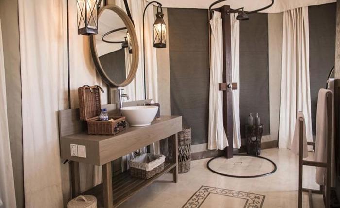 Menjangan Dynasty Resort Bali - Kamar mandi