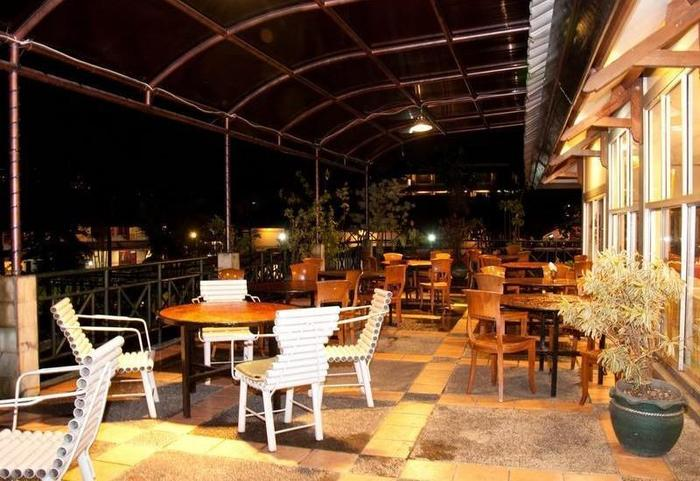 Hotel Parama Puncak - Dining Area