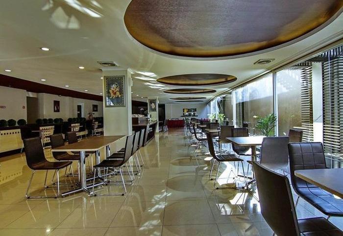 Hotel Raffleshom Bandung - Restaurant