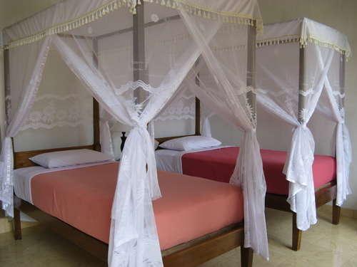 KarangSari Guest House Bali - Tempat tidur Twin