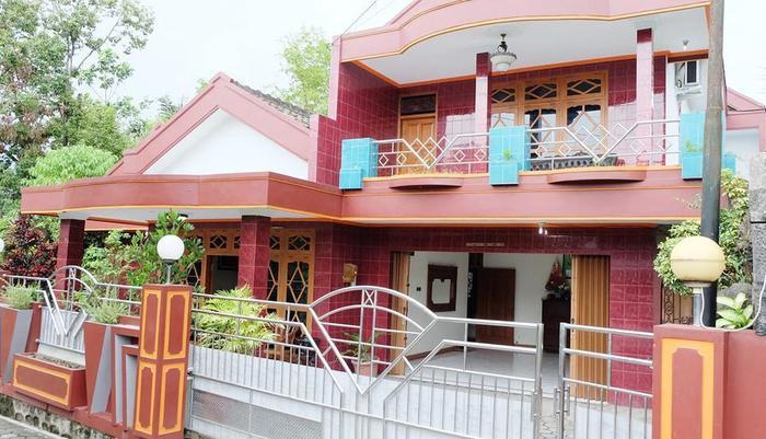 Simply Homy Guest House Jalan Magelang Yogyakarta - Exterior