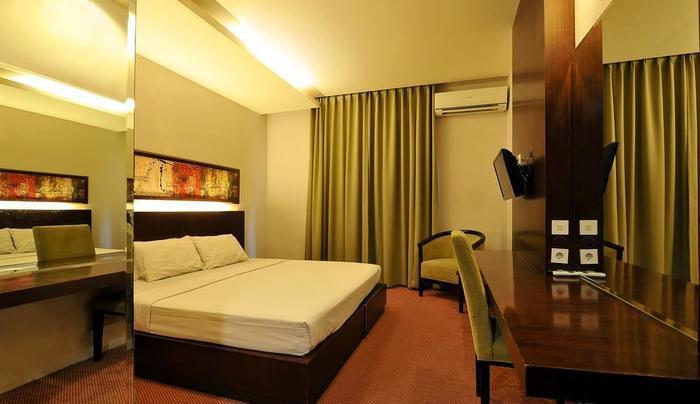 Hotel Grasia Semarang - Kamar Deluxe