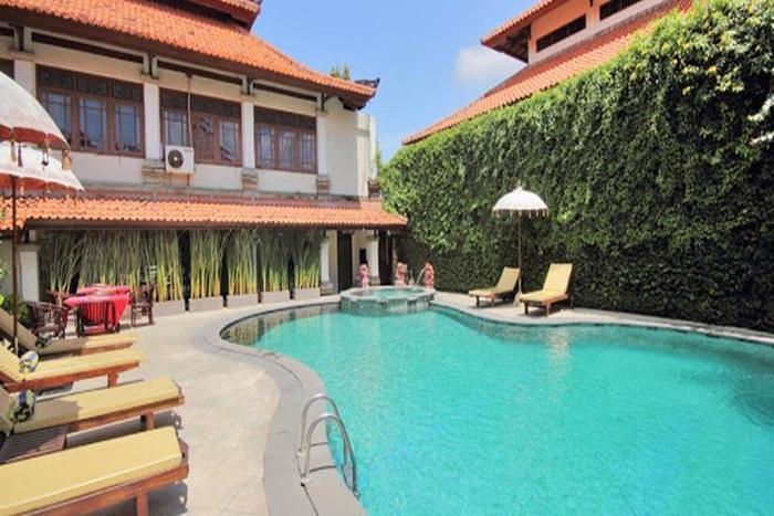 Royal Tunjung Bali Villa Legian - Kolam Renang