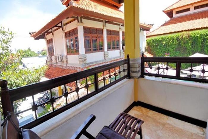 Royal Tunjung Villa And Spa Bali - Teras