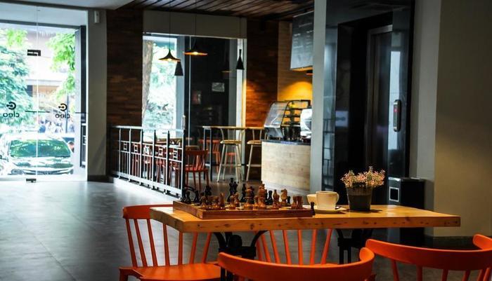 Hotel Cleo Surabaya - LOBBY