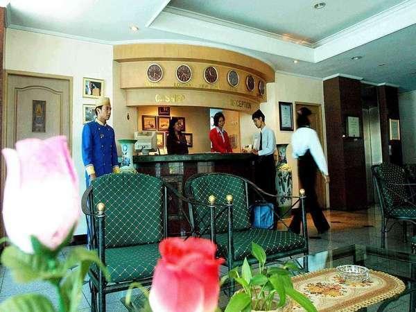 Losari Metro Hotel Makassar - Resepsionis