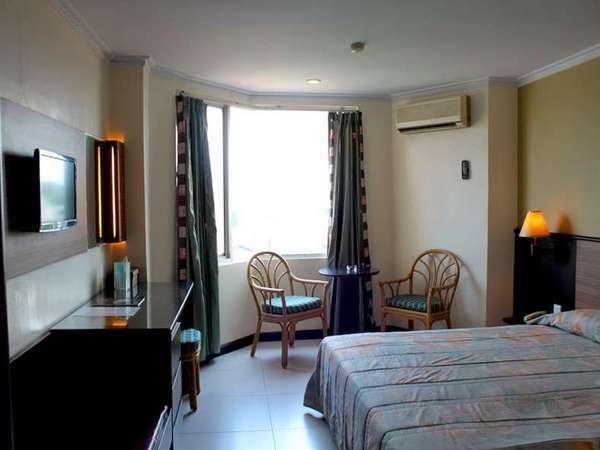 Losari Metro Hotel Makassar - Kamar Deluxe Double