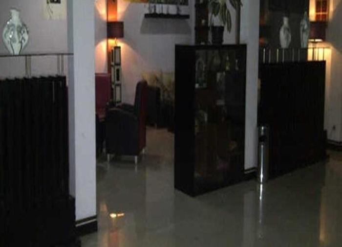 Arwiga Hotel Bandung - Resepsionis