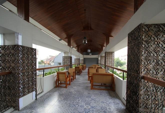 THE 1O1 Yogyakarta Tugu Jogja - Restoran