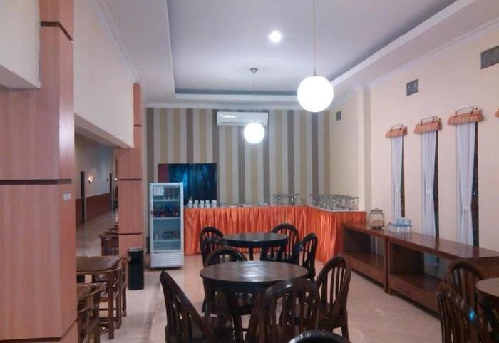 Sinar Pelaihari Hotel Banjarmasin - Ruang makan restoran