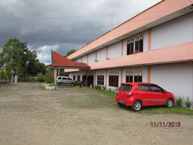 PIA Hotel Padang Sidimpuan Medan - Parkir Area