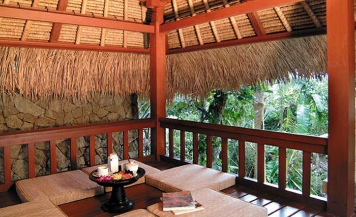 Kori Ubud Resort Spa & Restaurant Bali - Bale-bale
