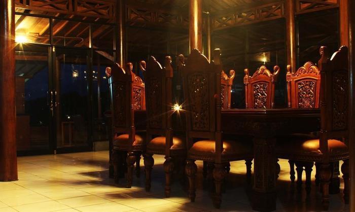Joglo Resort Bogor - Ruang Makan