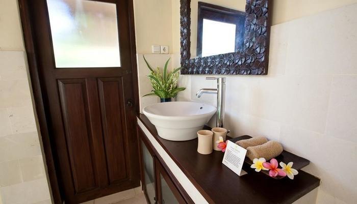 Villa Coco Bali - Kamar mandi Garden Bungalow