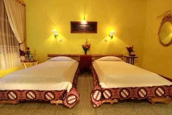 Poeri Devata Resort Hotel Yogyakarta - Kamar Tidur