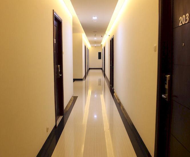 Miko Hotel Makassar - Koridor