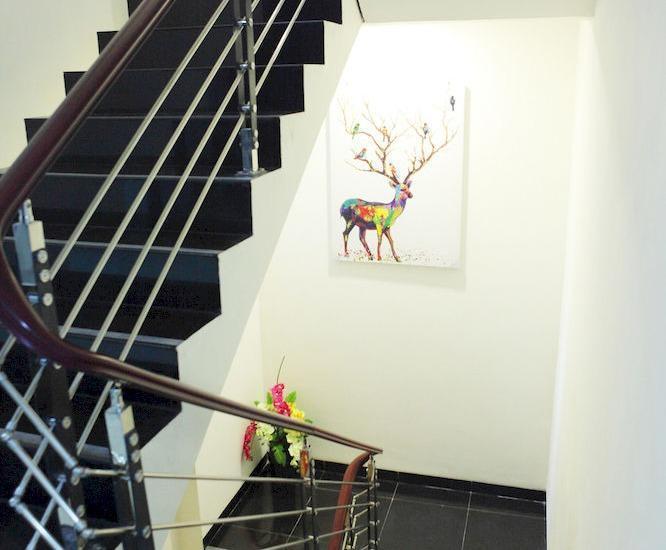 Miko Hotel Makassar - tangga