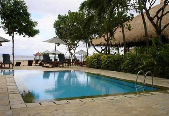 The Benoa Beach Front Villas & Spa Bali - Kolam Renang