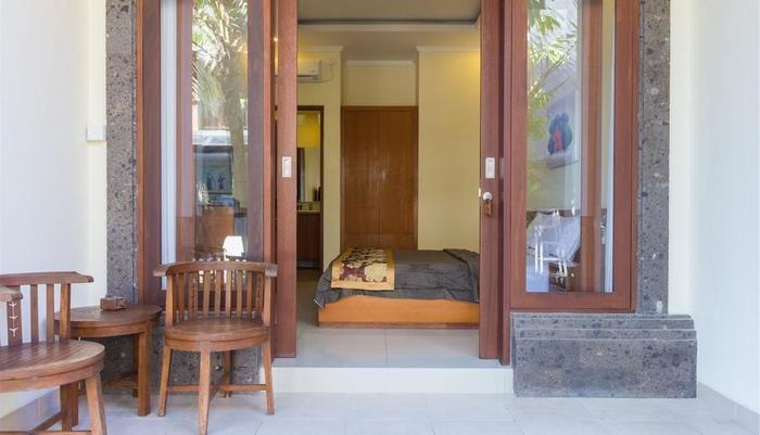 RedDoorz @ Tegal Sari Berawa Bali - Kamar tamu