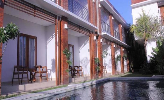 Rabasta Kubu Bali Suites Seminyak Bali - Kolam Renang