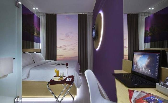 G Suites Hotel Surabaya - Kamar tamu