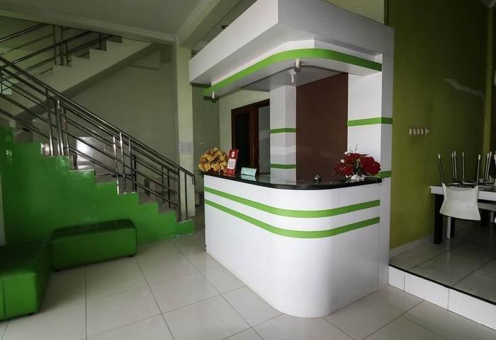NIDA Rooms Semarang Tengger Barat - Resepsionis