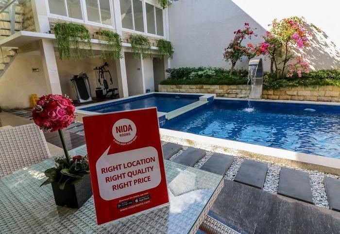 NIDA Rooms Umar Barat 339 Denpasar - Kolam Renang