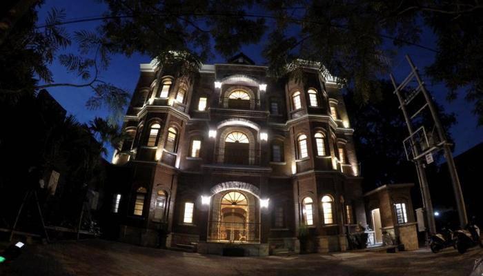 Jacatra Homestay Malang - Tampilan Luar Hotel