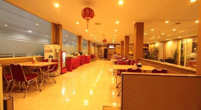 Hotel Sinar III Surabaya - restaurant1