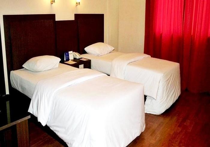 Hotel Furaya Pekanbaru - Kamar Standar