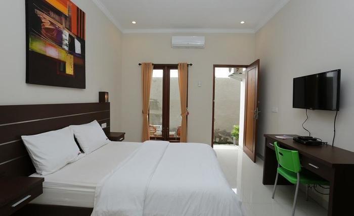 RedDoorz @Mahendradatta Selatan Bali - Kamar tamu