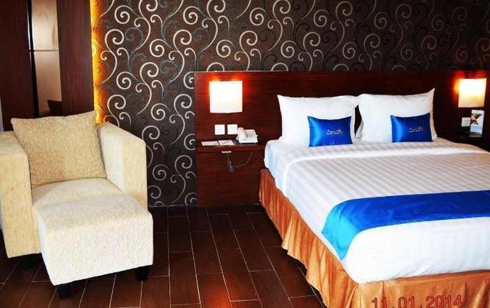 Zenith Hotel Kendari - Kamar