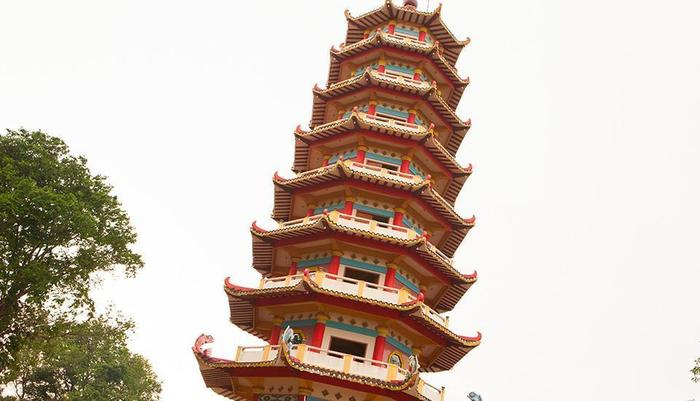 Hotel Santika Radial Palembang - Pagoda