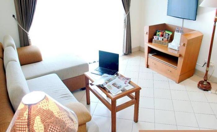 Apartemen Puncak Marina Surabaya - Ruang tamu