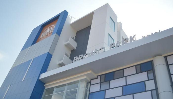 Bromo Park Hotel Probolinggo - ENTRANCE