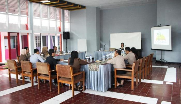 Lingga Guest House Jayagiri Lembang Bandung - Aula
