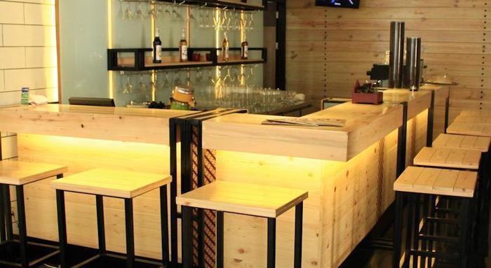 Crystal Lotus Hotel Yogyakarta - Restoran