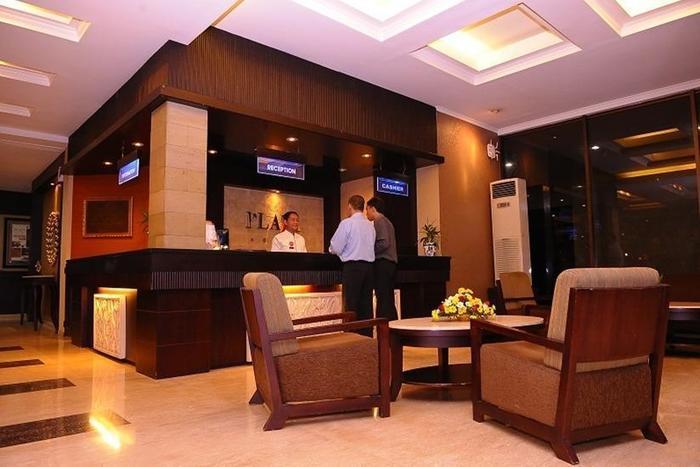 Plaza Hotel Semarang - Lobi