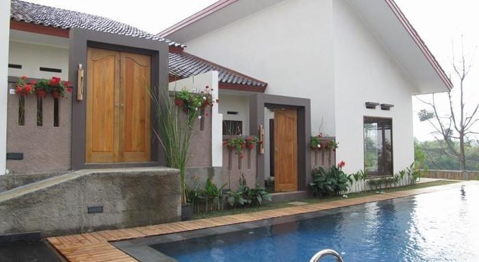 Omah Angkul Angkul Villa Bandung - Kolam Renang