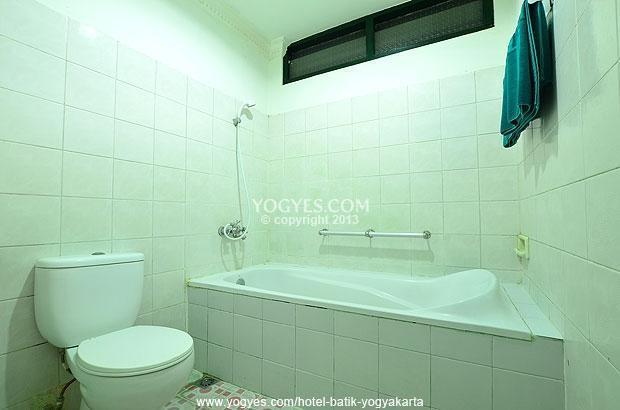 Hotel Batik Yogyakarta - Kamar Mandi