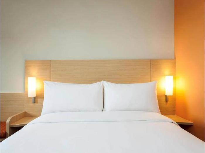 ibis Makassar City Center - Guestroom