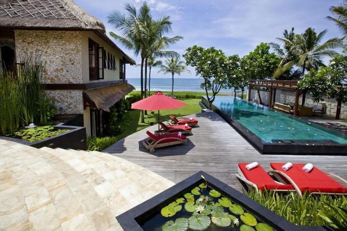 Villa Sound of The Sea Bali - Property Grounds