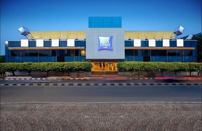 ibis budget Menteng Jakarta - Featured Image
