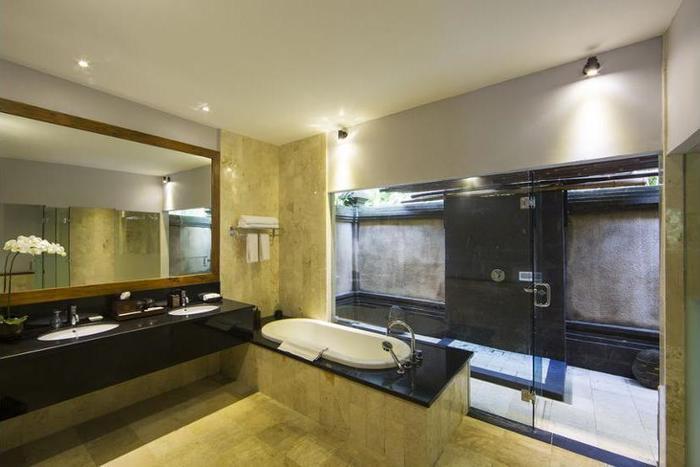 The Lokha Ubud - Bathroom