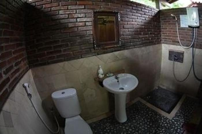 Omah Garengpoeng Magelang - Bathroom