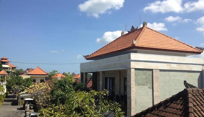 Kubu Andrey Rooms and Villas Seminyak - Eksterior