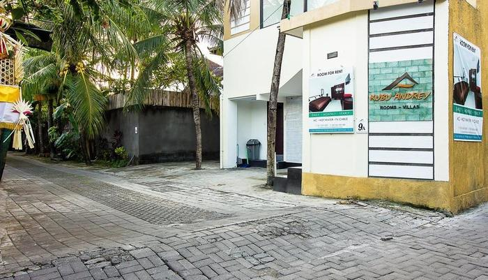 Kubu Andrey Rooms and Villas Seminyak - bangunan