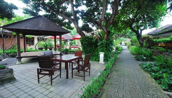 Yulia Beach Inn Bali - YULIA BEACH INN