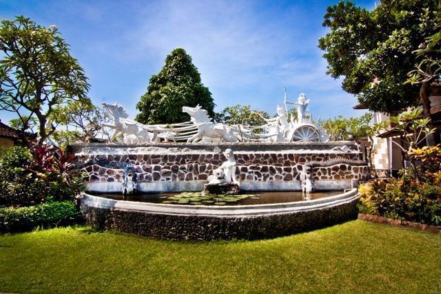 Bali Taman Lovina Resort Bali - Patung Krishna