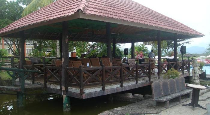 Wonua Monapa Hotel   - Pendopo